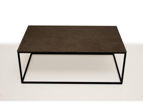 B5 stolik z metalowymi nogami balt ze spieku kwarcowego