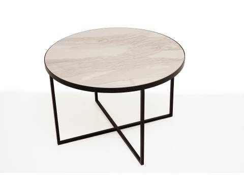 B6 stolik z stalowymi nogami i blatem ze spieku